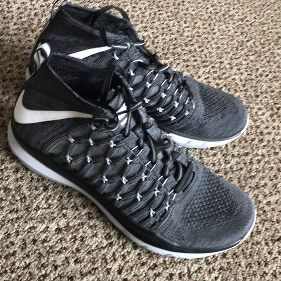bc390159fa664 Men s Nike Flex Speed Training Shoes size 10. M 5a5672969d20f071c0017996